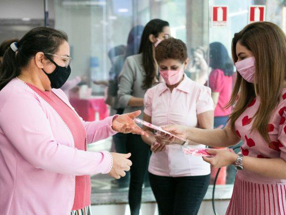 Secretaria de Administração e Gestão inicia campanha Outubro Rosa em sua sede